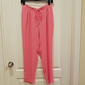 Cute pink cropped pants